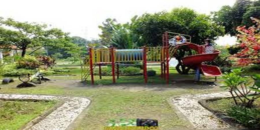 Taman Dwarakerta Porong