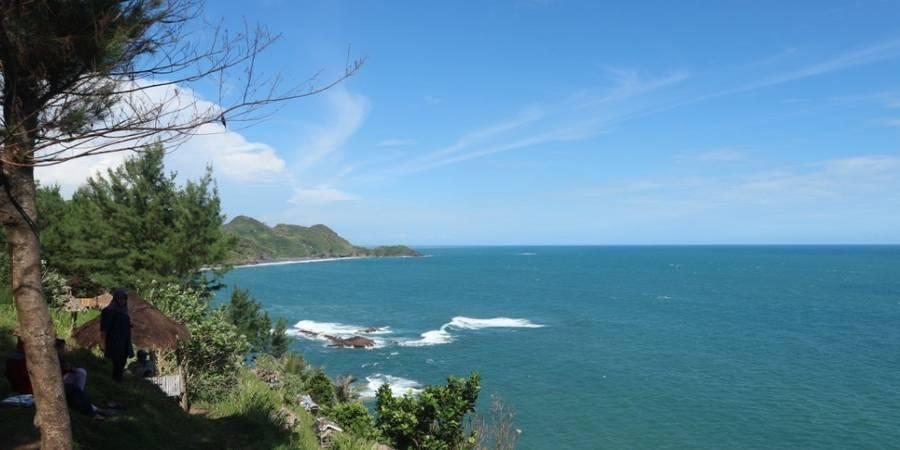 Tempat Wisata di Kebumen Jawa Tengah - Wisata Pantai Menganti