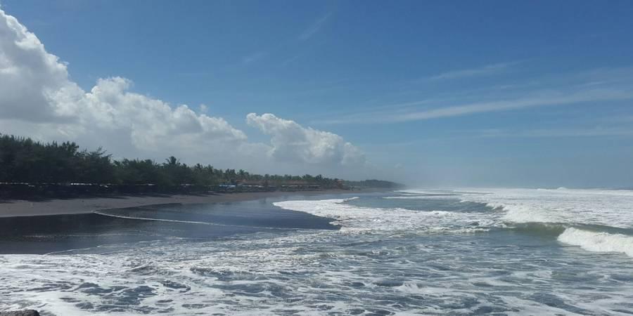 Tempat Wisata di Kebumen Jawa Tengah - Wisata Pantai Suwuk